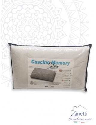 Cuscino in memory...